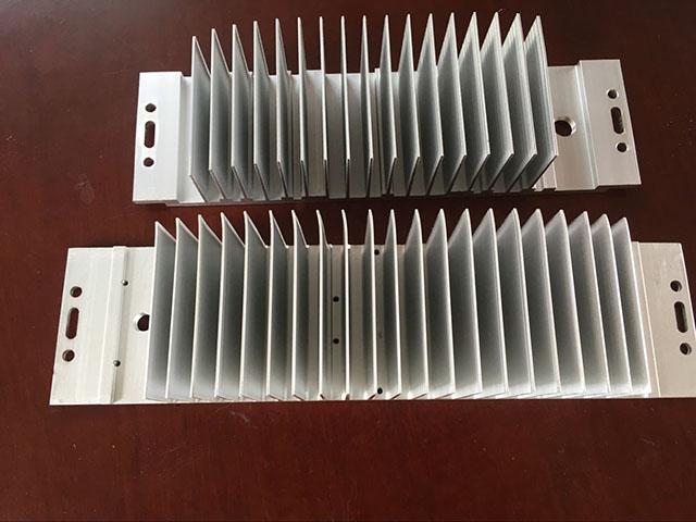 LED散热器4
