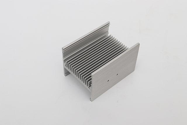 冷凝器散热器