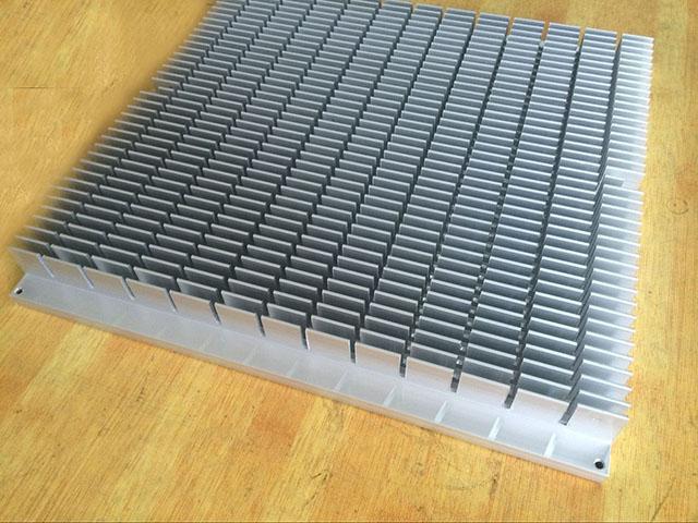 型材散热器2